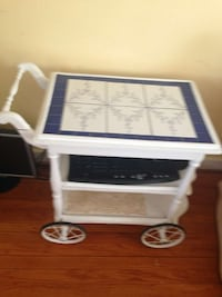 Tea chart, serving table, side table New Haven