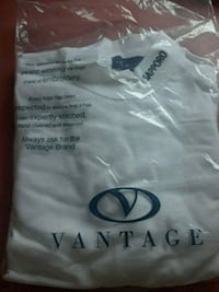 white Vantage crew-neck shirt pack Los Angeles, 90061