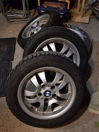 BMW 3 Series OEM Wheels + Winter Tires 215/55/R16 Mississauga, L5R 2A8
