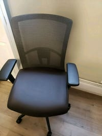 black and gray rolling armchair Orangeville, L9W 3J5