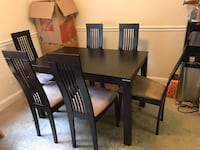 Beautiful 7-piece modern hard wood dining set Falls Church, 22043