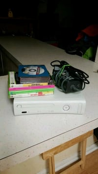 Xbox 360 all chords 10 games.. Pensacola, 32534