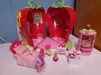 Strawberry shortcake play set  Laval, H7X