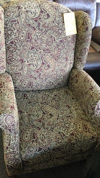green and maroon floral padded wing chair Alexandria, 22306