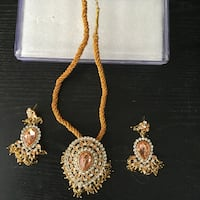 BEUTYFULL necklace and two earrings  Surrey, V3V