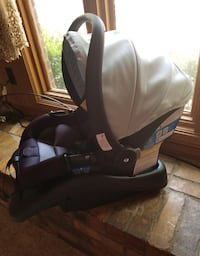 Safety First Infant Car Seat & Base Boise, 83702