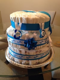 Boys baby shower diaper cake over 75 brand new pampers.  Saint Cloud, 34772