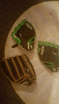 Baseball gloves Fort Payne, 35968