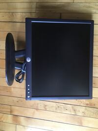 Dell 19 Inch Flat Screen Computer Monitor.