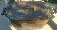Antique Brass Tub With Cover