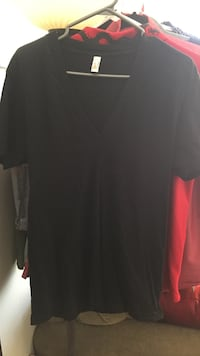 American apparel deep v neck t shirt (black) Calgary, T2G