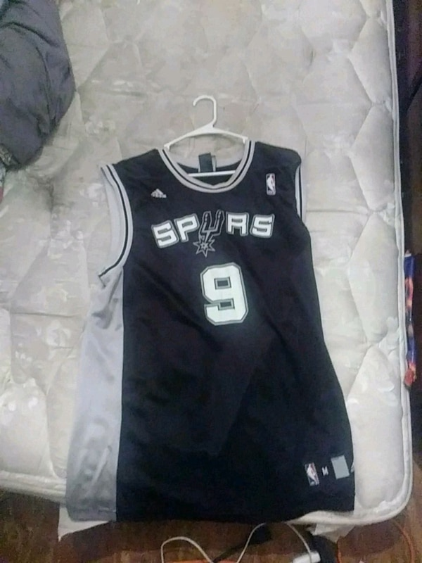 c3875c32bb9 Used black and gray San Antonio Spurs 9 jersey for sale in San Antonio -  letgo
