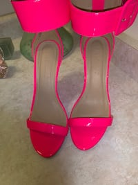 pair of pink open toe ankle strap heels Newmarket, L3X 0C7