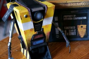 Borderlands the handsome collection claptrap in a box.