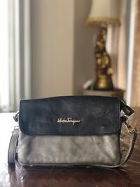 black Michael Kors leather crossbody bag 2391 mi