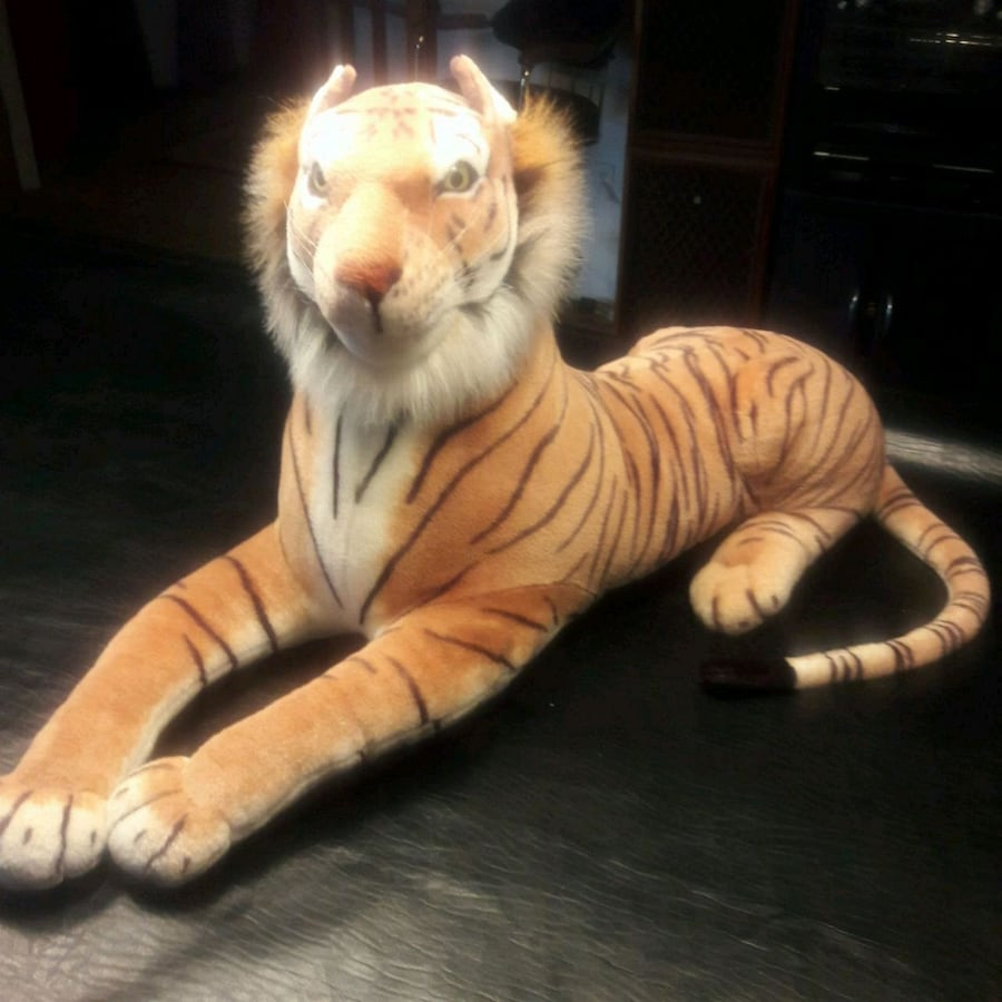 Gift quality toy TIGER  HUGE life like