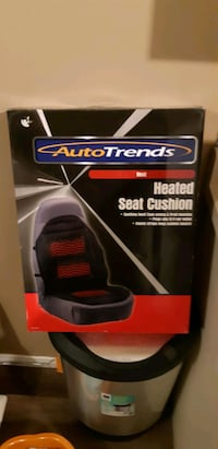 Car seat warmer that plugs into a 12v lighter new still in the box