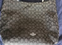 coach shoulder bag or crossbody in good condition(pick up only) Alexandria, 22304