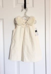 Babygap faux fur collar dress size 6-12 months- New with tags Mississauga, L5M 0C5
