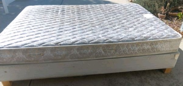 BED (Queen Size) SEALY Mattress & IKEA Base