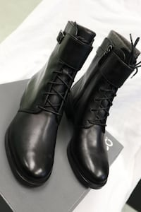 ECCO Women' boots ( Adel) size 36 and 39 available. Toronto