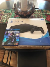PlayStation 4 slim (with nba 2k20)