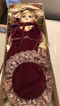 Porcelain doll. Like new in box Never displayed.  30 years old. Fredericksburg, 22407