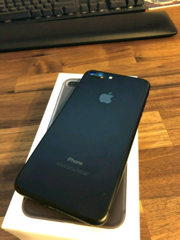 Brand new jet black iPhone 7 plus $130 1a1664f6-e558-49d5-a051-c6ca3144e686