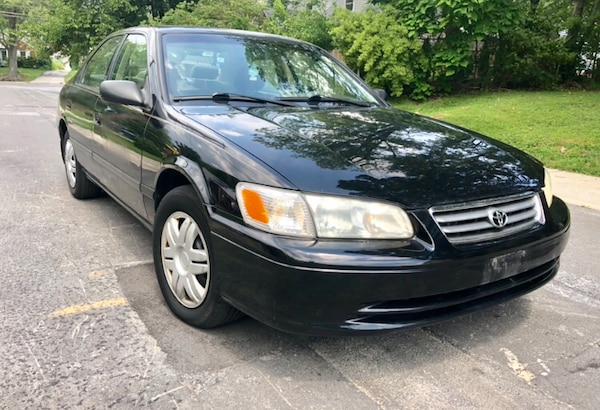 LOW Miles ** 2000 Toyota  Camry ' Cold Ac ' Leather Sunroof  ea023384-04b2-4367-9485-44351e743d16