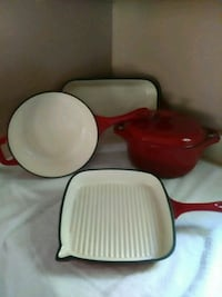 Porcelain iron cookware set made by Technique