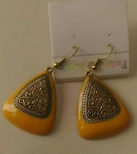 pair of gold foliage and brown drop hook earrings Ahmedabad