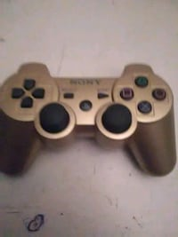 Gold Sony PS3 game controller Aurora, 80013