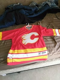 Old school flames jersey size medium Airdrie, T4B 0H3