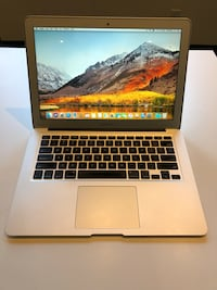 MacBook Air 2015 Toronto, M6J 1B9