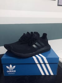 Adidas Swift Run Niagara Falls, L2G 7N2