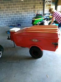 red and blue utility trailer Mount Carmel, 37645