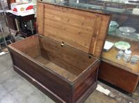Antique cedar lined chest Munford, 36268