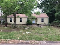 Handyman special HOUSE For sale 2BR 2BA Moss Point