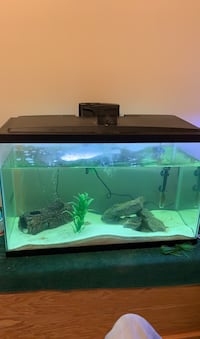 Aqueon fish tank (29 gallons) with LED light strip Whitby, L1M 1H5