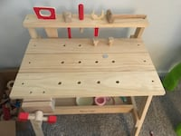 Melissa & Doug work bench comes with all pieces in the box as well