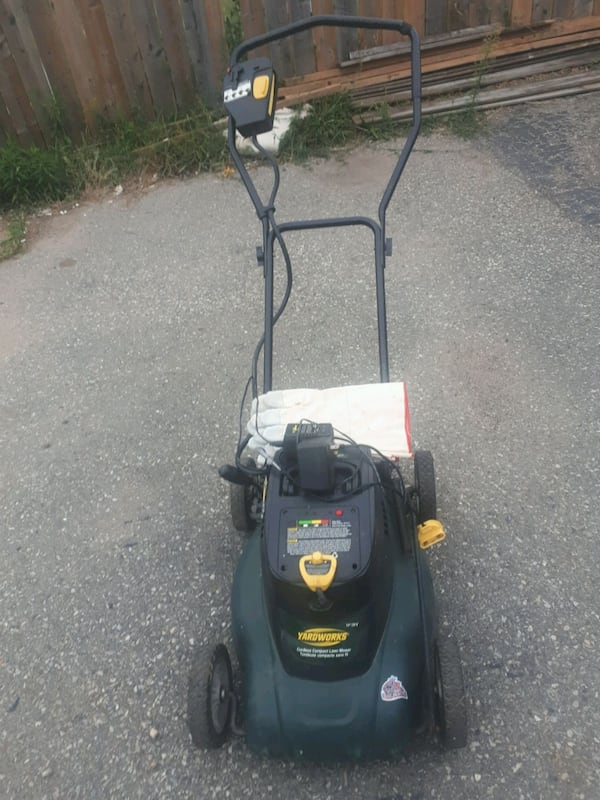 Yardworks lawn mower rechargeable with battery 7703cfc2-01da-499c-bfe3-d7d75592bafa