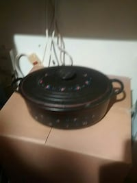 Le Creuset E made in France $100 Falls Church, 22043