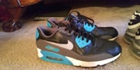 pair of black-and-blue Nike basketball shoes Kernersville, 27284