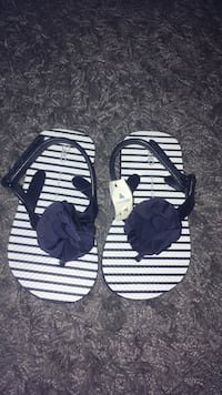 BNWT Gap flipp flop Port Hope, L1A