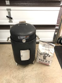 Brinkman Charcoal Smoker Ashburn, 20147
