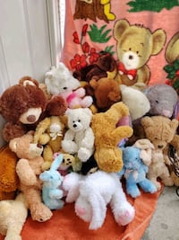 HUGE lot of stuffed & plush animals; EASTER!!