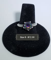 size 8 silver-colored iridescent gemstone solitaire ring RIVERSIDE