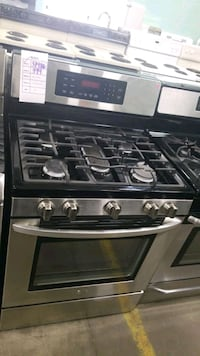 Lg 5burners natural gas Stove 30inches!  Hempstead, 11550