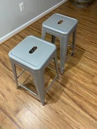 Gently used Counter/Bar stools (H 24in).. Woodbridge, 22192