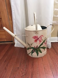 Vintage Tin Hand painted Watering Can Metuchen, 08840